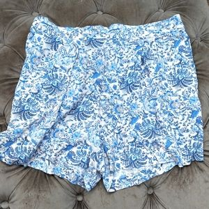 H&M women's shorts with pockets, size 12